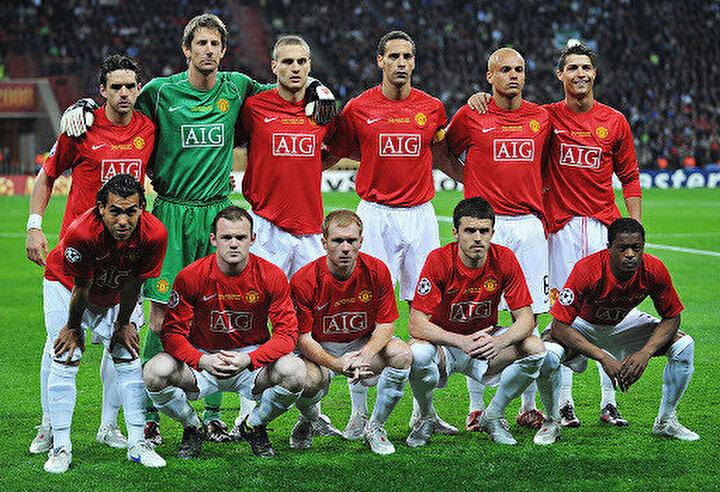 Emekliye ayrılması halinde en büyük hayalinin daha önce birlikte formasını giydiği yıldız oyuncuları aynı takımda toplamak olduğunu vurgulayan Tevez, Jübile maçımdaki ilk 11i belirledim. Gianluigi Buffon, Hugo Ibarra, Rio Ferdinand, Gabriel Heinze, Patrice Evra, Andrea Pirlo, Paul Scholes, Paul Pogba, Cristiano Ronaldo, Lionel Messi ve Wayne Rooney. Emekliye ayrılırsam, bu oyunculara aynı takımda oynaması için teklif götüreceğim ifadelerini kullandı.