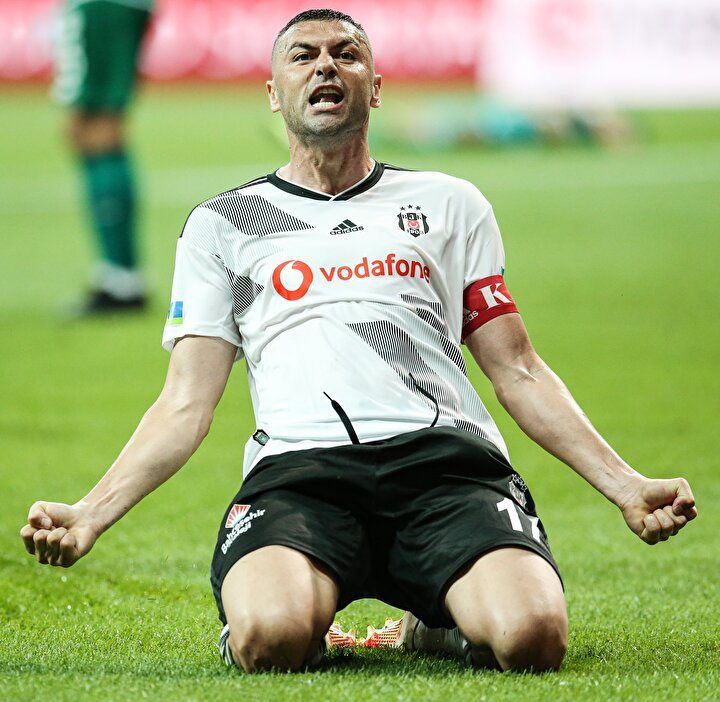 Burak Yılmaz (Beşiktaş): 9.4 puan