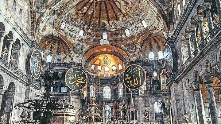 Bu yıl #15Temmuz tarihî bir âna şahitlik edecek! Türkiye'nin istiklâl ve istikbal mücadelesinde bir milat olarak tarihe geçecek...