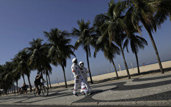 Yeni tip corona virüs (Covid-19) salgını nedeniyle son 24 saatte Brezilyada 1071 kişi hayatını kaybetti.