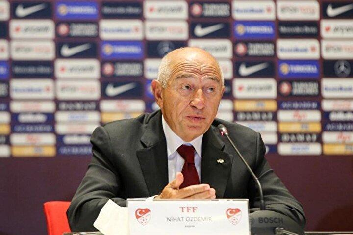 TFF Başkanı Nihat Özdemir yabancı sınırının düştüğünü açıkladı. Süper Ligdeki teknik direktörlerde bu karara tepki gösterdi. İşte teknik direktörlerin yabancı sınırı yorumu: