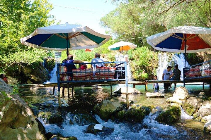 Tatilcilerin yeni rotası Sinek Çayı