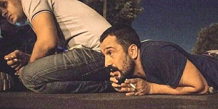 FETÖnün 15 Temmuz darbe girişiminde 15 Temmuz Şehitler Köprüsünde darbeci askerlere karşı direniş gösterirken elinde sigara ile çekilen fotoğrafla hafızalarda yer edinen Zafer Kütük
