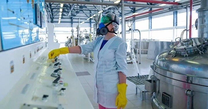 """NCSC Direktörü Paul Chichester, yaptığı açıklamada """"Korona virüs salgınıyla mücadele kapsamında hayati önem taşıyan çalışmalara karşı yapılan bu saldırıları kınıyoruz. Müttefiklerimizle birlikte çalışan NCSC, en kritik varlıklarımızı korumaya kararlıdır ve şu anda en büyük önceliğimiz sağlık sektörünü korumaktır"""" dedi."""
