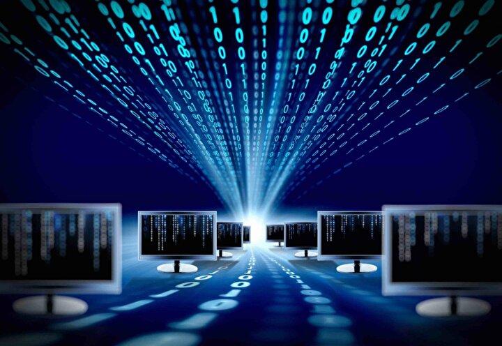 4. Sağlık Sektörü: Sağlık endüstrisi bu dönemde siber suçlular için başlıca hedef haline geldi ve fidye yazılımı saldırıları Koronavirüs araştırmalarına odaklanan tıbbi tesisleri rahatsız etmeye odaklandı. Yılın ilk çeyreğinde, 2,5 milyondan fazla kişiyi etkileyen 100den fazla veri ihlali olayı bildirildi. Karanlık webde tıbbi kayıtlar her zamankinden daha fazla arandı ve tıbbi kimlik hırsızlığı vakalarının sayısı arttı.