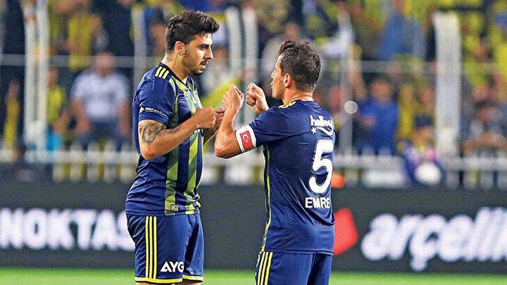 Fenerbahçede neden 4-3-1-2 gibi bir oyun oynanmadığını anlamakta güçlük çekiyorum. Ozan-Emre-Gustavonun orta sahada, önlerinde Ömer Farukun ve 2 santrforun oynadığı oyunun neden tercih edilmediğini anlamıyorum