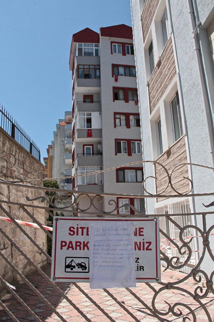 Mudanyanın Şükrü Çavuş Mahallesindeki 3 bloklu sitede yer alan apartmanda dün akşam patlamayı andıran gürültü sesi duyuldu.