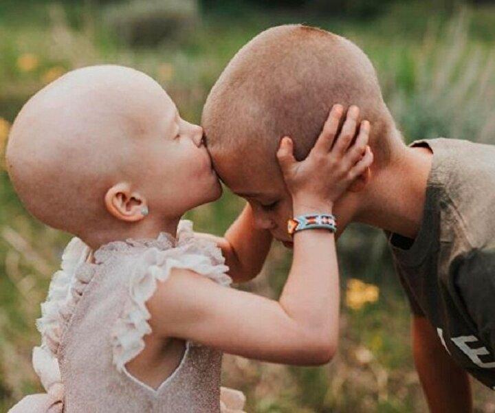 Ne olursa olsun kanser sevgi dolu bir kardeşin desteğini yenemez.