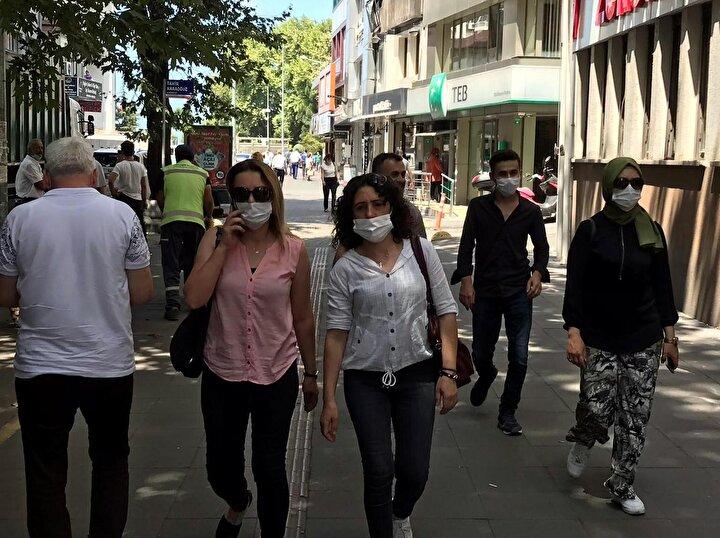 Açıklamada, koronavirüs salgınının etkinliğini azaltmak amacıyla toplum sağlığı ve kamu düzenini korumak için 5 maddelik karar alındığı ifade edildi.