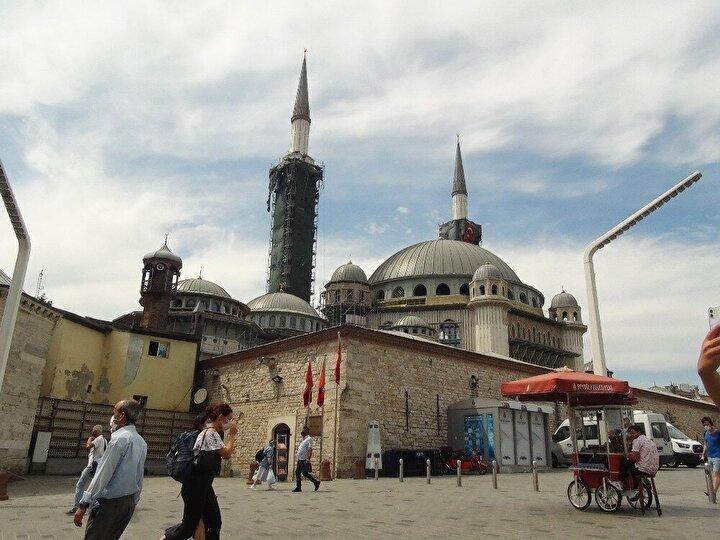 (Özel) Taksim Camii'nin şerefesi göründü