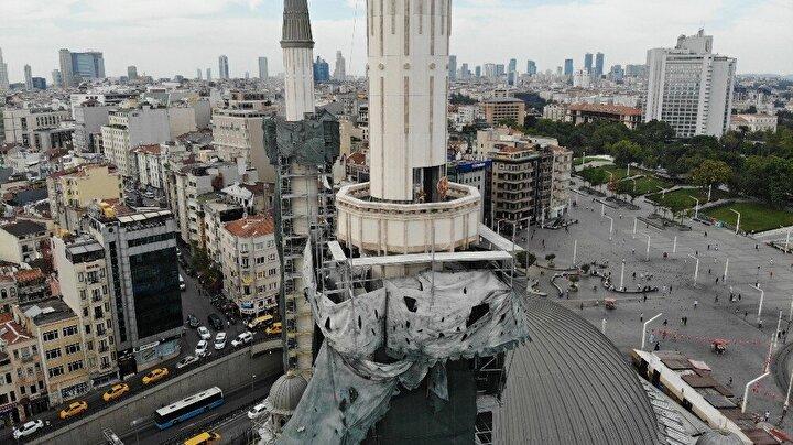 Yıl sonu ibadete açılması beklenen caminin şerefesi drone ile havadan görüntülendi.