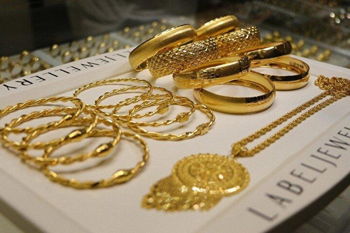 Gram altının 450 liraya kadar çıkabileceğini söyleyen Başman, açıklamasını şöyle sürdürdü: