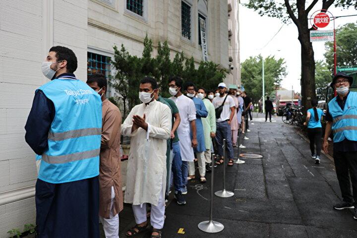 Japonyada Müslümanlar, Kurban Bayramı için başkentteki Tokyo Camisini doldurdu.
