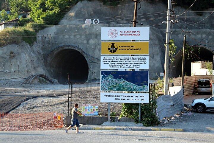 Mithatpaşa Mahallesi ve Yeşil Mahalle arasındaki güzergahta gidiş ve geliş şeklinde yan yana inşa edilen bin 860şar metre uzunluğundaki iki tüpte çalışmalar, 2018in temmuz ayında ödenek yetersizliğinden durdu. Tünel inşaatı, Karayolları 15nci Bölge Müdürlüğü tarafından yapımı öncelikli birinci proje kapsamına alınmasının ardından 9 Ocak 2019da tekrar başladı.