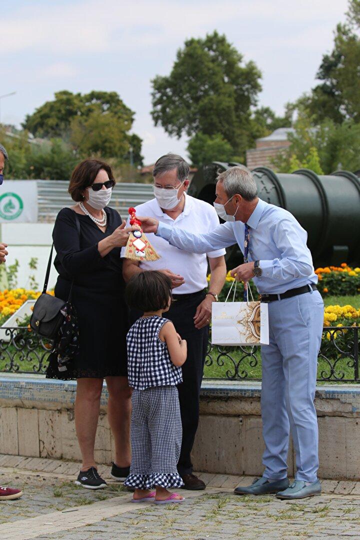 ABDnin Ankara Büyükelçisi Satterfield ve ailesi Edirnenin tarihi alanlarını gezdi