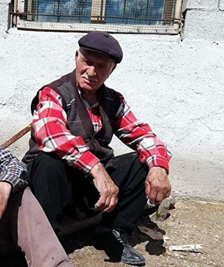 Kayserinin Pınarbaşı ilçesinde yaşayan Hacı Göl ve babası İbrahim Göl, haziran ayında yüksek ateş ve öksürük şikayetleriyle Kayseri Şehir Hastanesine başvurdu.