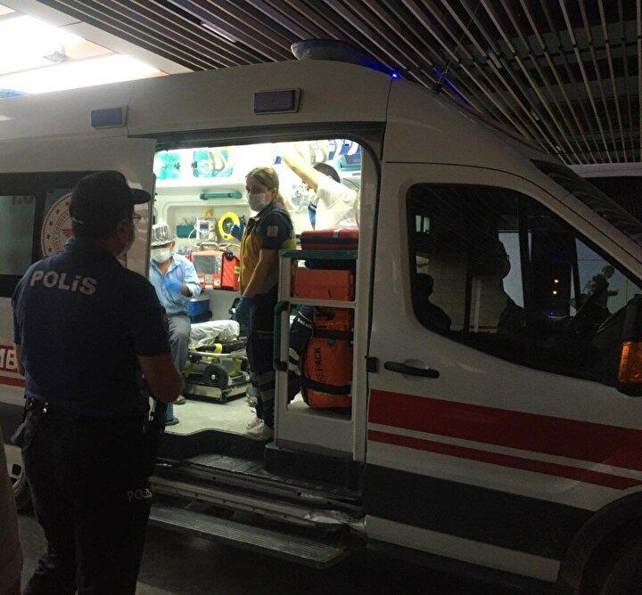 Burada yapılan sorgulamada yaşlı adamın karantinada olması gerekirken otobüs terminaline geldiği belirlendi.