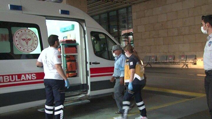 İhbar üzerine bölgeye sevk edilen Acil Sağlık ekipleri ise Enver Y.yi ambulansa alırken bu sırada doktoru ile iletişime geçti.