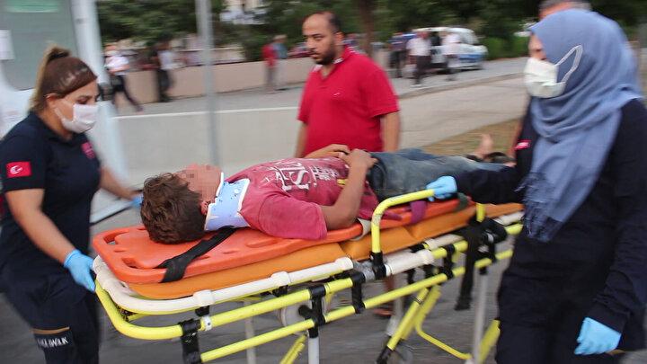 Adanada 10 yaşındaki çocuğu sopayla döven kişi gözaltına alındı
