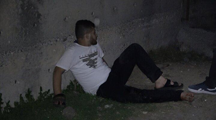Yaralı, ambulansa alınarak Gaziosmanpaşa Taksim Eğitim ve Araştırma Hastanesine kaldırıldı. Yaralının sağlık durumunun iyi olduğu öğrenildi. Polis bir süre olay yerinde delil araştırması yaptı.