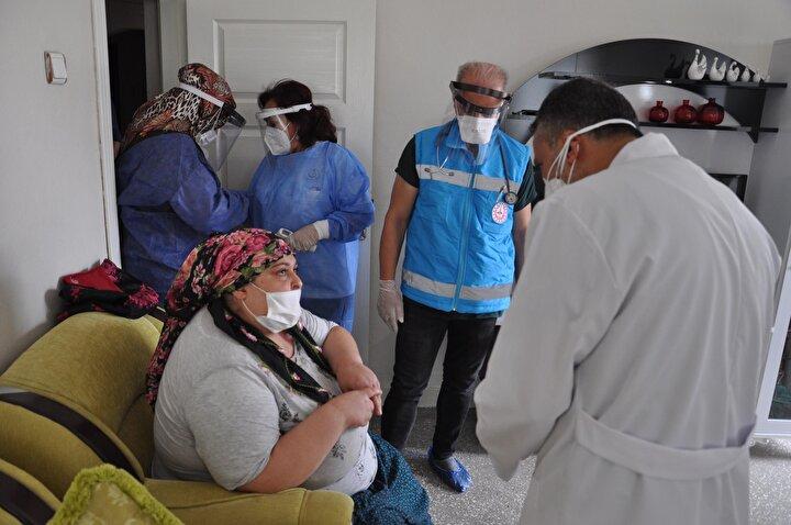 Anne Remziye Koşan da Sağlık Bakanlığı ve Diyarbakır Sağlık İl Müdürlüğüne teşekkür ederek, Allah onlardan bin kere razı olsun. Bize gönderdiler, el attılar. Çok teşekkür ederim yardımları için. Allaha çok şükür el atıp ilgilendiler dedi.