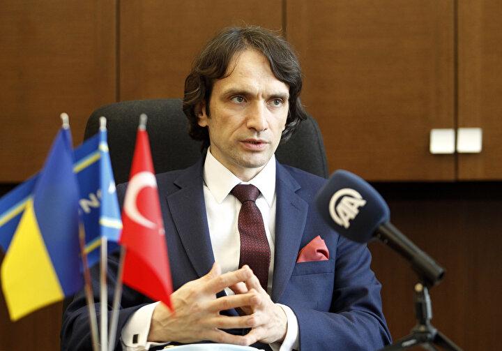 Los, Türkiye ziyaretine ilişkin değerlendirmelerde bulundu.