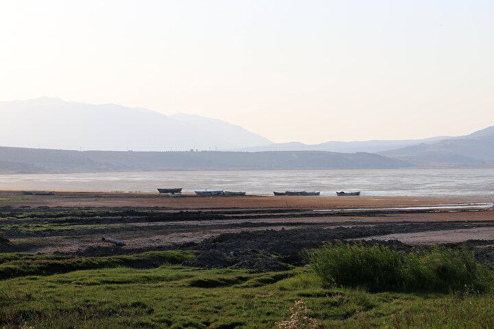 Marmara Gölünde su seviyesi yüzde 1,5a kadar düştü