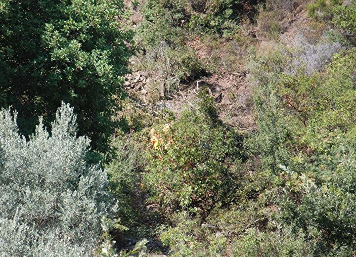 İş makinesiyle 200 metrelik uçurumdan yuvarlanan operatör öldü