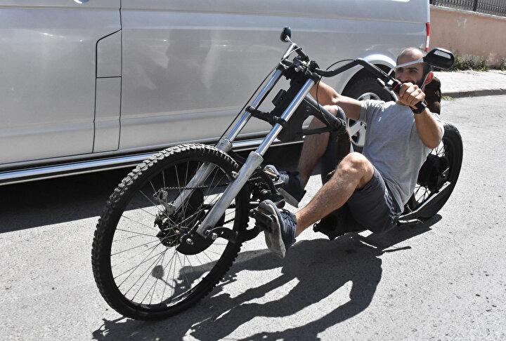 Yaklaşık 300 TLye mal olan bisiklet görenleri şaşırttı. Keskin, ürünün modelini zamanla daha da geliştirmek istiyor.