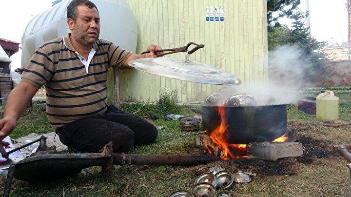 Şaban Tokgöz ise, Yok, olmaya yüz tutmuş bu mesleği yaşatmaya ve bakırı millete sevdirmeye çalışıyoruz. Bakır sağlık açısından çok sağlıklı ve krom, çelik, alüminyumla kıyaslanabilecek bir madde değildir.