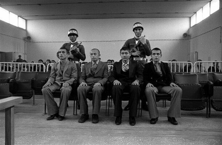 16 Mayıs 1978de Ankaranın Keçiören ilçesinde 7 kişinin öldürüldüğü Piyangotepe katliamı sanıkları Sıkıyönetim Mahkemesinde yargılandı