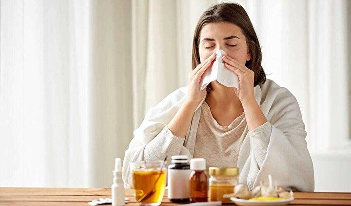 Grip aşısı sadece sağlık sisteminin yükünü hafifletmiyor, virüs bulaşan hastanın süreci daha hafif geçirmesini de sağlıyor.