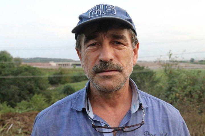 Toplam maliyeti 13.6 milyar TL olan Kuzey Marmara Otoyolu'nun faaliyete geçirilmesi bölge halkı tarafından merakla bekleniyor. Projenin 5'inci kesimi olan Sakarya'da otoyolun yakınlarında oturan ve yapılan proje ile bölge halkının menkul değerlerinin artacağını belirten çiftçi Nihat Pekin, otoyolun bir dönüm noktası olduğunu aynı zamanda bölgenin cazibe noktası olmasına büyük katkı sağladığını belirtti.