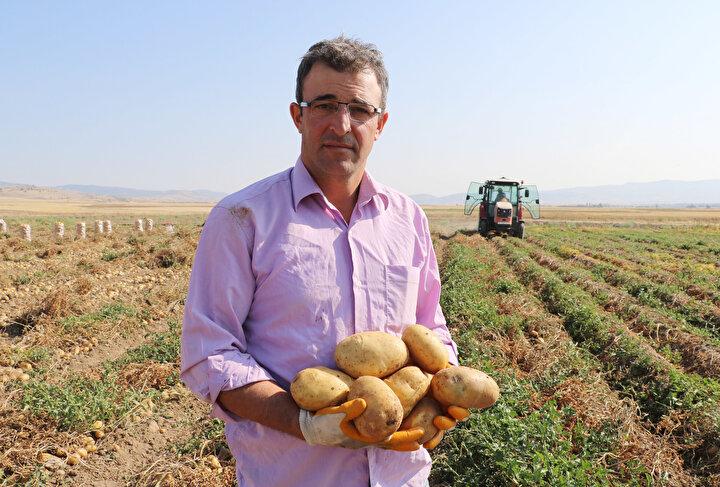 Patatesin maliyetinin 40- 60 kuruş arasında değiştiğini anlatan Başkan Ahmet Çankaya, şöyle devam etti: