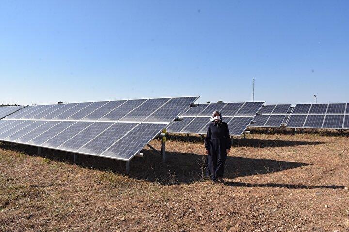 Ev kadını Yasemin Yıldırım, katıldığı TKDK toplantılarından etkilenerek, güneş enerjisi santrali kurmaya karar verdi. Makine mühendisi olan eşi Aykut Yıldırım'ın da 20 yıllık hayali olan santral için proje hazırlayan Yasemin Yıldırım
