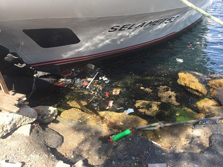 İhlas Haber Ajansı tarafından drone ile görüntülenerek gündeme taşınan Haliç'in kirliliği bu sefer su altı kamerası ile görüntülendi.