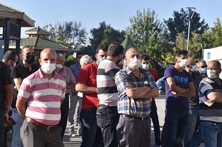 Pandemi sürecinde toplum sağlığını önceleyen çalışmalara bir yenisi daha eklendi. Sağlık Bakanlığı ve Ankara Valiliği ile işbirliğiyle filyasyon ekiplerinin karantina altındaki vatandaşlara daha hızlı ulaşarak tıbbi müdahalede bulunabilmesi için yeni bir uygulamaya imza atıldı. Karantina altındaki vatandaşlara sağlık ekiplerinin hızlı müdahale edebilmesi için filyasyon ekibinde gönüllü çalışan 300 taksicinin günlük yevmiyeleri karşılanmaya başladı. Taksici esnafına ilk destek ödemesi de gerçekleştirildi.