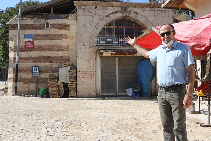 Han zamanla bakımsızlıktan yıprandı. Sahibi Hamdullah Suphi Efeli, Tokat Kültür Turizm İl Müdürlüğü ile restorasyonu için proje hazırladı. Ancak maddi yetersizlik nedeni ile hanı restore ettiremeyen Hamdullah Suphi Efeli, satmaya karar verdi.