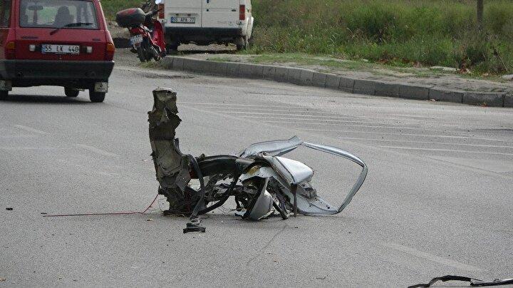 Edinilen bilgiye göre, Ali Osman Cengiz (26) idaresindeki 55 RH 989 plakalı Citroen hafif ticari araç Samsundan Tekkeköy istikametine seyir halindeyken direksiyon hakimiyetinin kaybedilmesi sonucu yoldan çıkarak refüjdeki ağaca çarptı.
