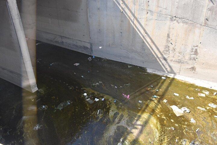 İzmirde kötü koku tepkisi Kısmi temizlik çözüm değil