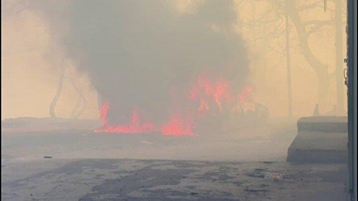 Dolayısıyla yangın her an evlere sıçrayabilir. Rüzgar şiddetli devam ediyor.