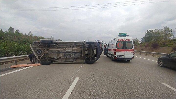 Can pazarının yaşandığı kazada, ambulans sürücüsü İ.K. ile ambulansta bulunan hasta M.A.T. ve otomobildeki yolcular A.S.,N.S.,D.Ç.A. yaralandı.