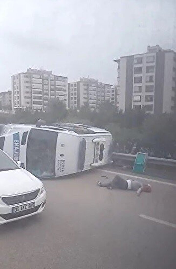 Edinilen bilgiye göre, kaza Bursa - İzmir - İstanbul Çevreyolu Balat Mahallesi yakınlarında meydana geldi.