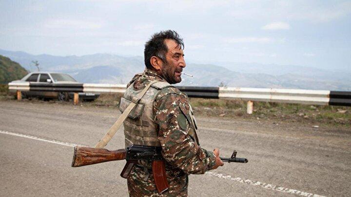 Azerbaycan topraklarında yaşanan olaylar, yabancı ülkelerden silahlı paralı askerlerin ve teröristlerin Ermenistan tarafında savaştığının açıkça kanıtladığına dikkat çeken Haciyev,