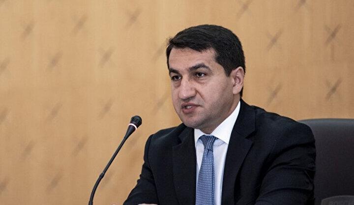 Azerbaycan Cumhurbaşkanı Yardımcısı - Cumhurbaşkanlığı İdaresi Dış Politika Daire Başkanı Hikmet Haciyev de çeşitli internet kaynaklarında ve sosyal ağlarda, işgal altındaki topraklarda Ermenistan silahlı kuvvetlerinin bir parçası olarak Azerbaycana karşı diğer ülke vatandaşlarının askeri operasyonlara katılımları hakkında pek çok bilgi olduğuna dikkat çekerken, Ermenistanın silahlı paralı askerleri düşmanlıklarına dahil ederek uluslararası hukukun norm ve ilkelerini ve uluslararası insancıl hukuku açıkça ihlal ettiğini belirtti.