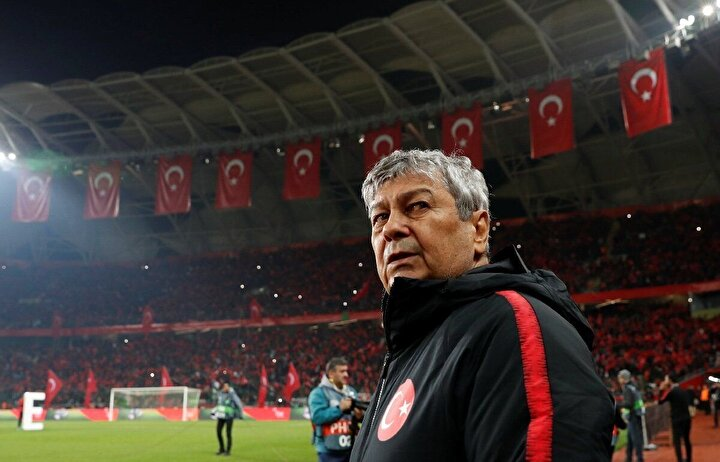 Ülkemizde Galatasaray, Beşiktaş ve A Milli Futbol Takımını çalıştıran Mircea Lucescu çalıştırdığı futbolculardan kurulu en iyi kadrosunu açıkladı. Rumen antrenörün listesinde şaşırtan tercihler var.