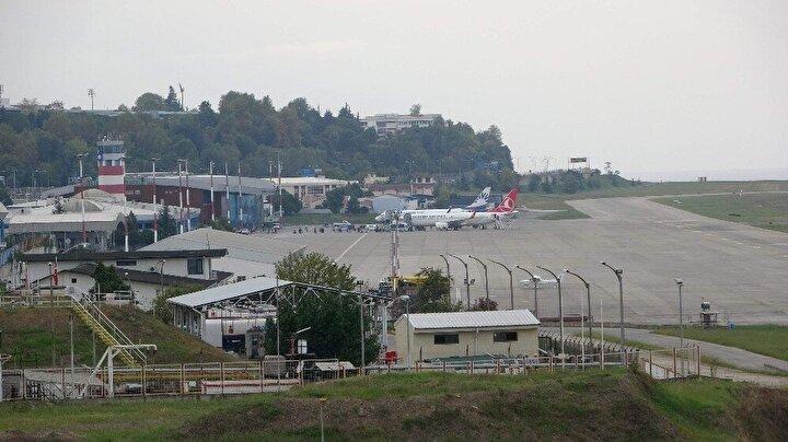 Tüm dünyayı etkisi altına alan Korona virüs (Covid-19) nedeniyle yolcu sayılarının azalmasını fırsat bilen DHMİ, Trabzon Havalimanındaki aydınlatma sistemini yenileyecek.