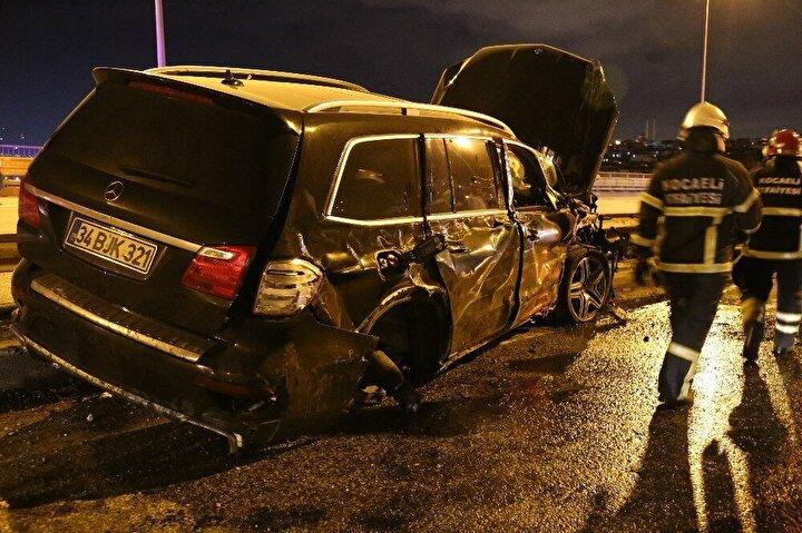 Kaza, Kocaeli'nin İzmit ilçesi TEM Otoyolu İstanbul istikameti Şirintepe Viyadüğü'nde meydana geldi.