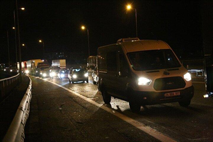 Kazayı gören çevredekiler durumu hemen 112 Acil Yardım ekiplerine bildirdi.