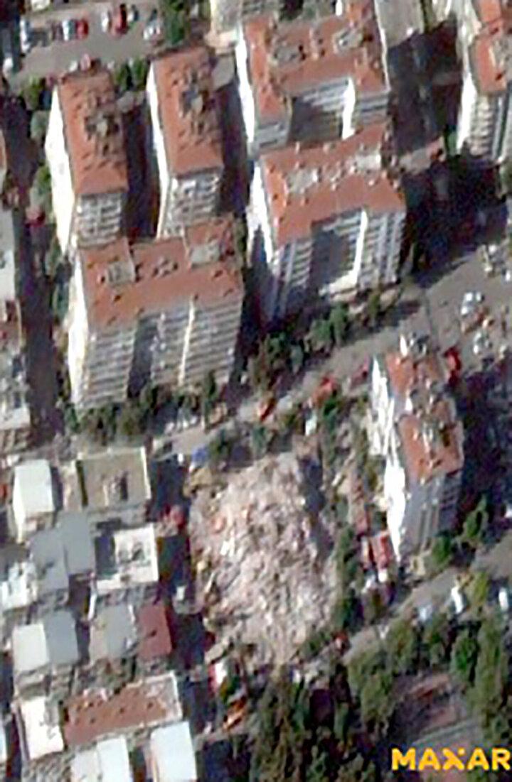 Özellikle haberlerde de çokça bahsedilen Emrah Apartmanı, Rıza Bey Apartmanı ve Doğanlar Apartmanı gibi yıkılan binaların öncesi ve sonrası görüntülerini karşılaştırdık. Açıyla aldığımız görüntülerde bina yükseklikleri belli oranda görülebiliyor. Görüntünün çözünürlüğü 50 santimetre civarında. 600-700 kilometreden belli bir bakış açısıyla 50 santimetre detayı görebilmek gerçekten teknolojik anlamda önemli.